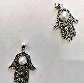 Wisior hamsa z perłą, duża srebrna Ag